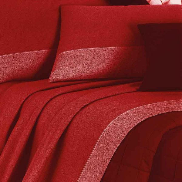 lenzuola matrimoniali in flanella class rosso ambientato